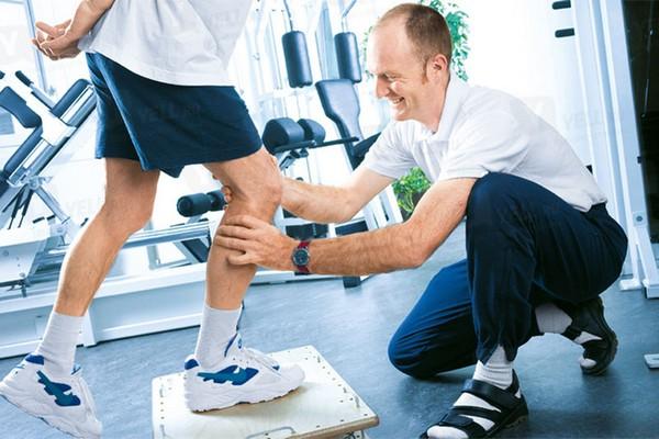 Реабилитация после эндопротезирования (замены) коленного сустава: восстановление после операции